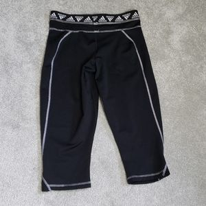 ADIDAS LEGGING SIZE MEDIUM